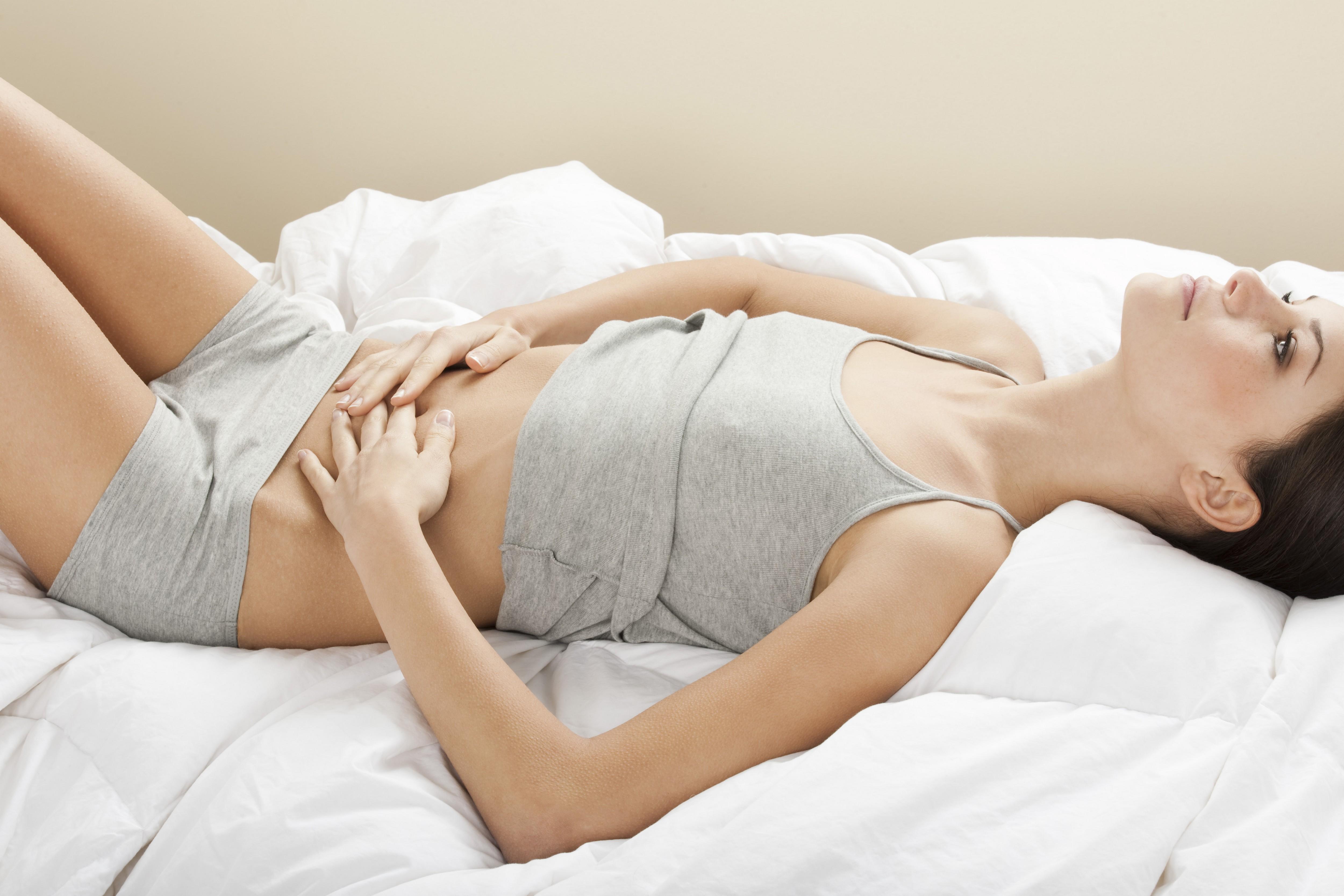Происхождение женщин с высоко расположенной грудью 19 фотография