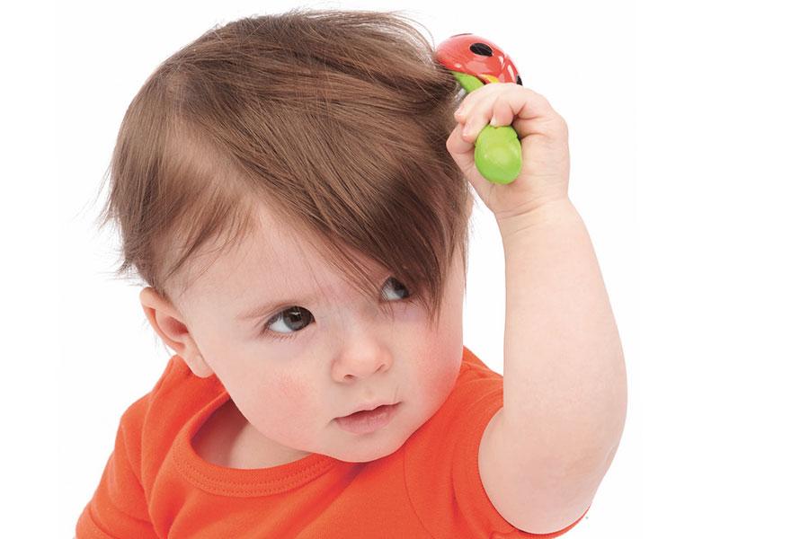 У ребенка лезут волосы причины